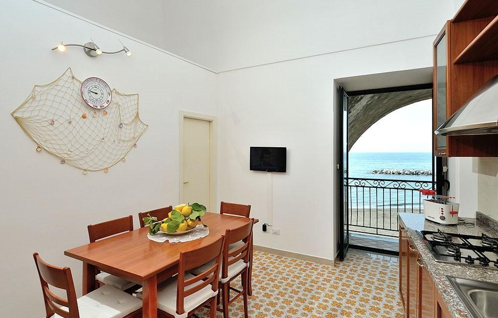Appartamenti in affitto atrani casa rosaria case for Appartamenti vacanze affitto