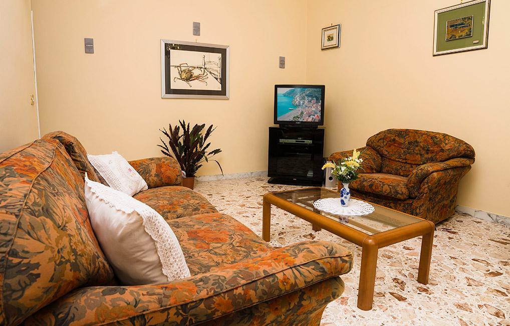 Appartamenti In Affitto Minori  Casa Raffelina